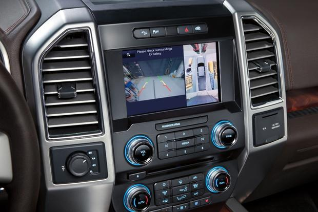 Don't Buy a Pickup Truck Without These 7 Features featured image large thumb2