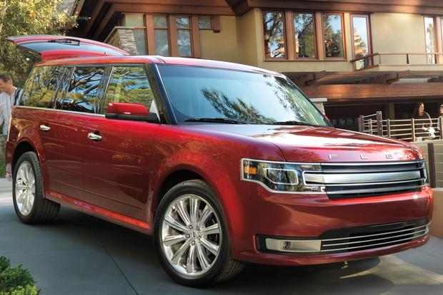 7 Family Cars For Drivers Who Don T Want A Minivan Featured Image Large Thumb3