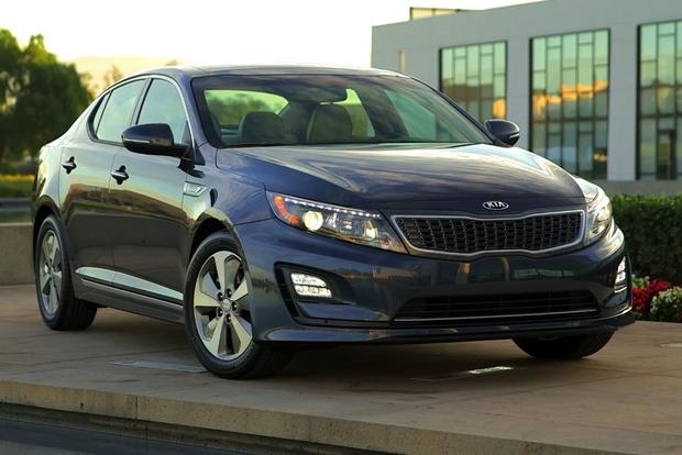 8 Most Fuel-Efficient Midsize Sedans featured image large thumb6