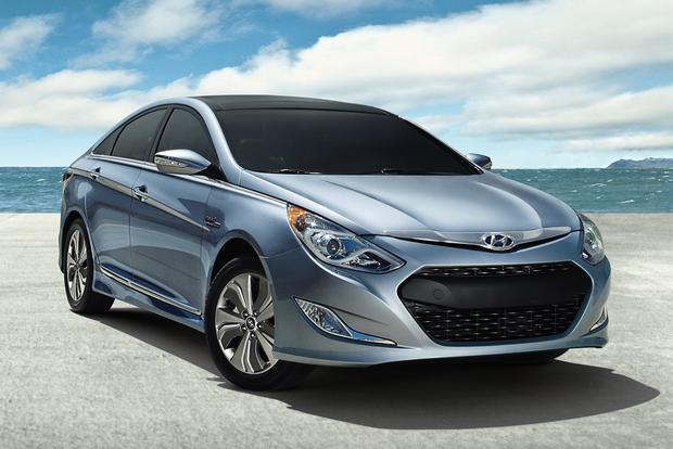 Most Fuel Efficient Midsize Sedans Autotrader