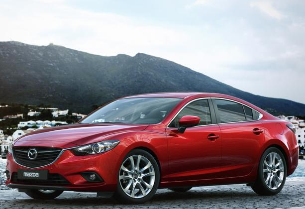 8 Most Fuel-Efficient Midsize Sedans featured image large thumb7