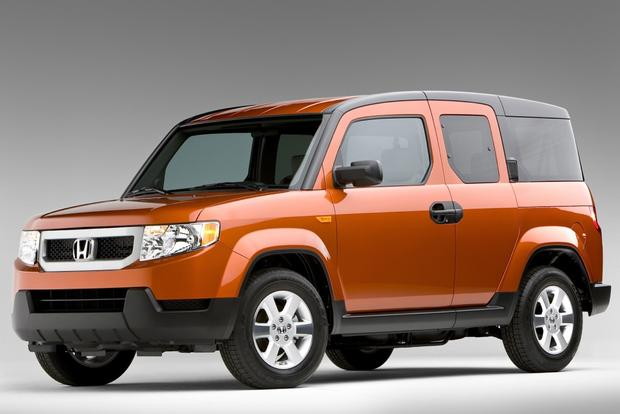 7 Cars That Look Great in Orange featured image large thumb2