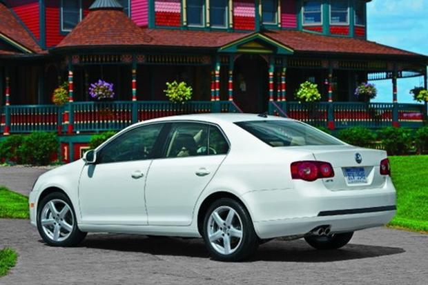 7 great used cars that get 40 miles per gallon