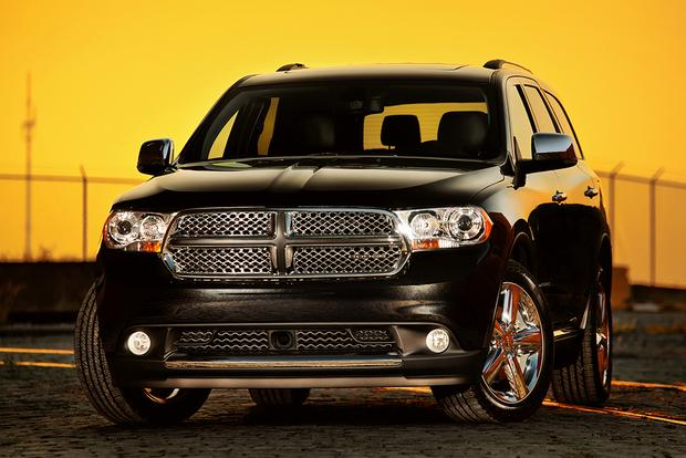 great cpo 3 row suvs for under 25 000 featured image large thumb1