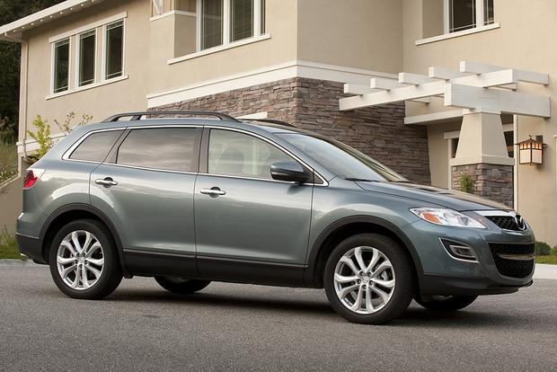 great cpo 3 row suvs for under 25 000 featured image large thumb4