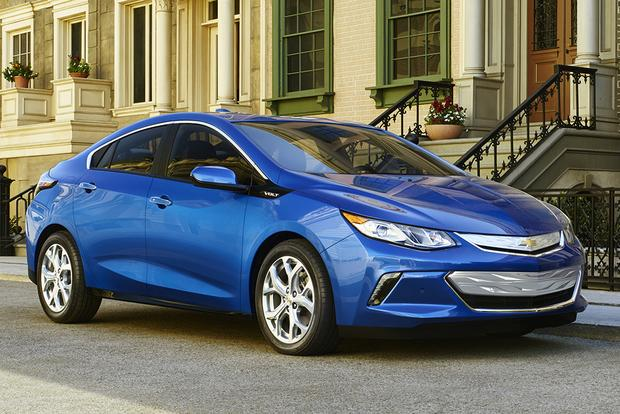 6 Great American EVs and Plug-In Hybrids featured image large thumb0
