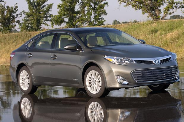 6 Great New Hybrid Cars You Might Not Know About featured image large thumb4