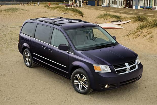 6 Great Used Minivans for Under $10,000 featured image large thumb6