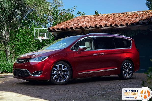 2017 Chrysler Pacifica: Must Test Drive - Video