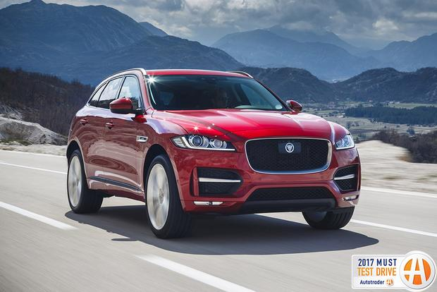 The 2017 Jaguar F Pace Is A Sporty Luxury Suv That Finally Marks Jag S Entrance Into Increasingly Por World Of High End Crossover