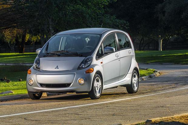 7 Great Used Plug-In and Electric Vehicles featured image large thumb2