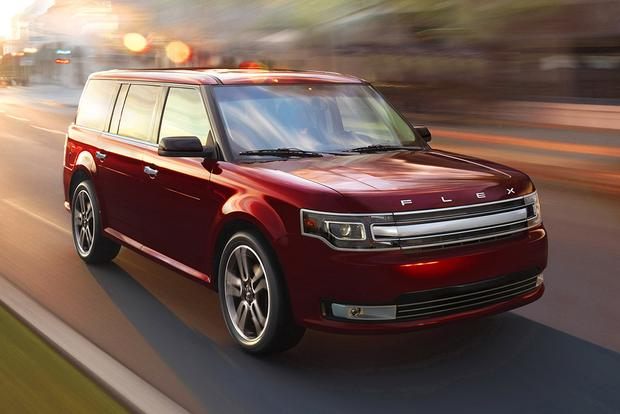 Best Family Suv With 3rd Row >> 5 Spacious Family Suvs With 3 Row Seating Autotrader