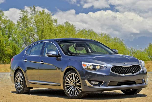 Luxury Vehicle: 5 Luxury Sedans Under 40K