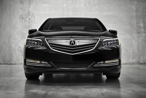 5 Exclusive Luxury Hybrids And Electric Vehicles Featured Image Large Thumb4