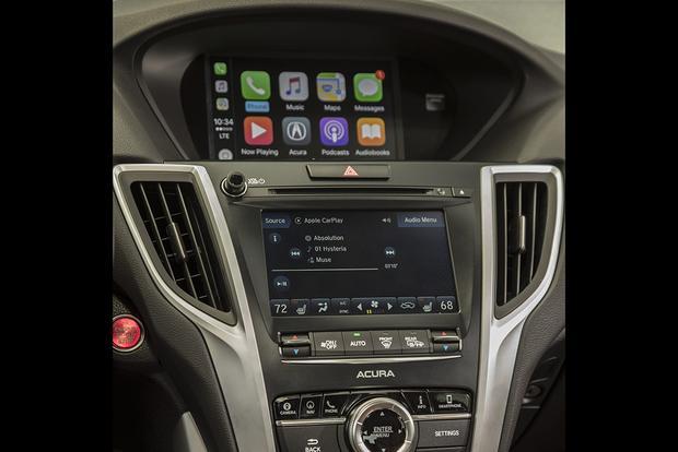 Luxury Car Infotainment Systems: A Comparison - Autotrader