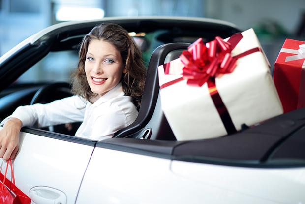 Best Holiday Gifts for the Car Lover in Your Life featured image large thumb0
