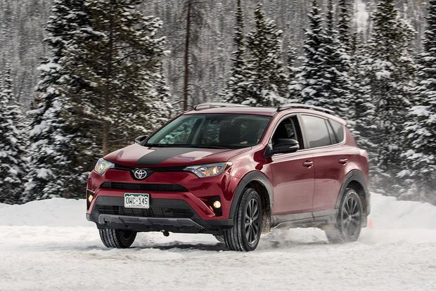 Snow Cool: 9 All-Wheel-Drive Cars and SUVs featured image large thumb10