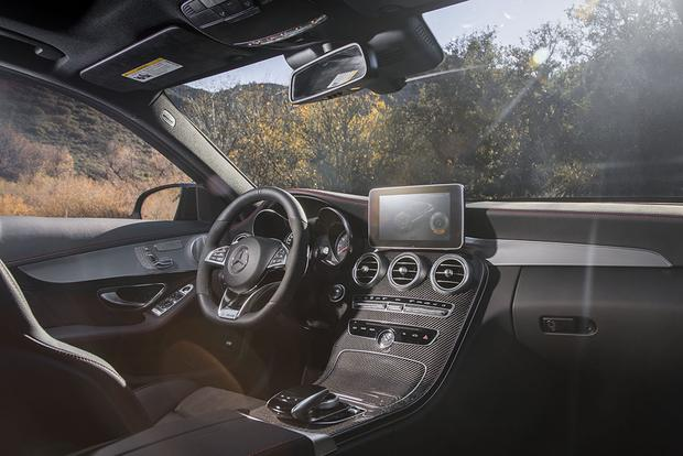 10 Best Car Interiors Under $50,000 for 2018 featured image large thumb8