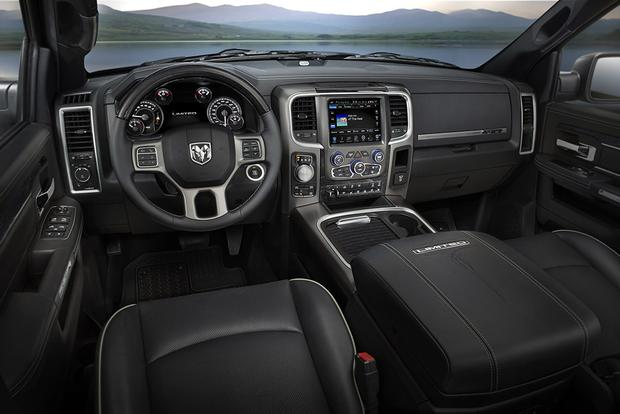10 Best Car Interiors Under $50,000 for 2018 featured image large thumb9