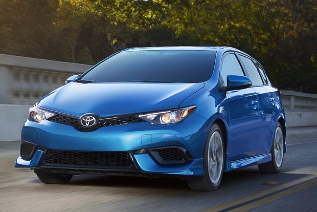 Top 25 Cars Under $25,000 for 2018 featured image large thumb24