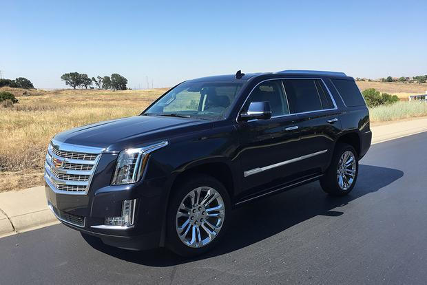 2017 Cadillac Escalade: Luxury Trappings featured image large thumb3