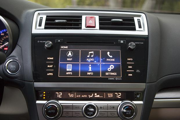 Infotainment Systems: A Comparison featured image large thumb10