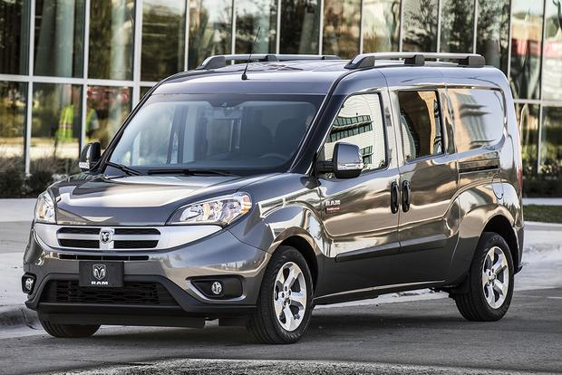 2016 Commercial Vehicle Comparison: 4 Vans You Should Consider featured image large thumb2