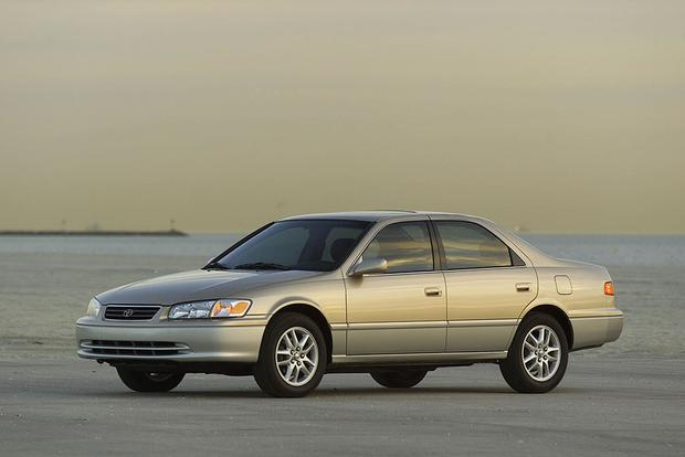 A Look Back at the Toyota Camry featured image large thumb3