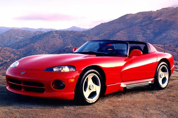 A Look Back at the Dodge Viper featured image large thumb0