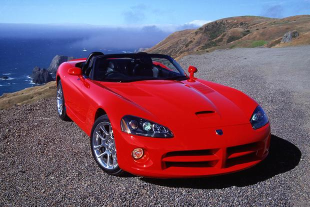 A Look Back at the Dodge Viper featured image large thumb3