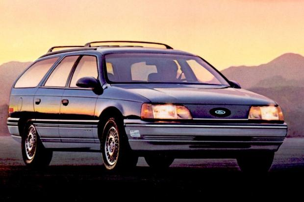 A Look Back at the Ford Taurus featured image large thumb1