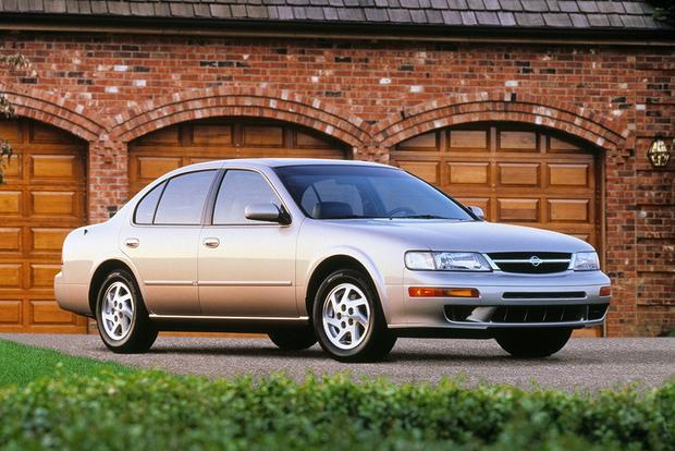 A Look Back at the Nissan Maxima featured image large thumb5