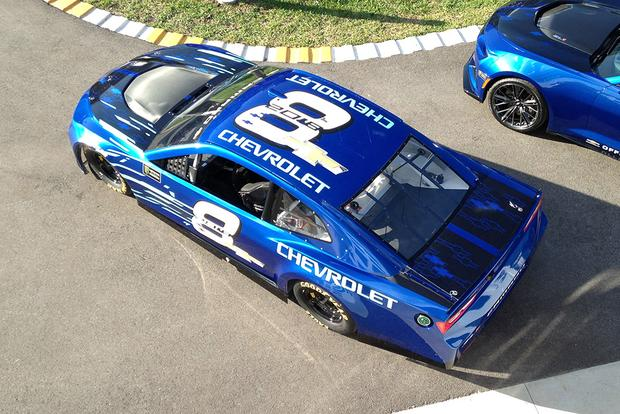 Chevrolet Camaro ZL1: Anatomy of a Race Car featured image large thumb0