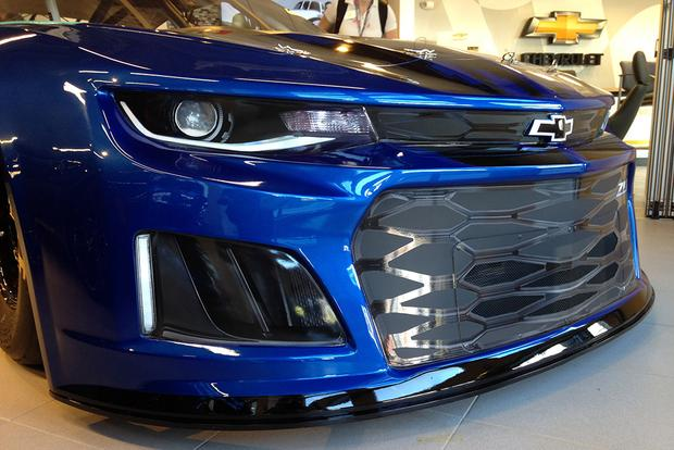 Chevrolet Camaro ZL1: Anatomy of a Race Car featured image large thumb5