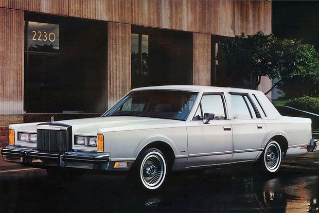 Used Luxury Cars: Brougham If You Want To featured image large thumb0