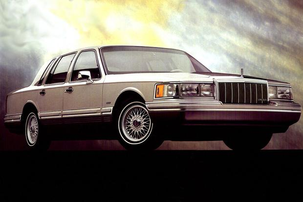 Used Luxury Cars: Brougham If You Want To featured image large thumb6