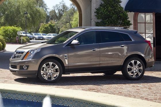 Luxury SUV Deals: March 2012 featured image large thumb2
