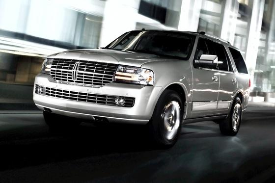 Luxury SUV Deals: March 2012 featured image large thumb3