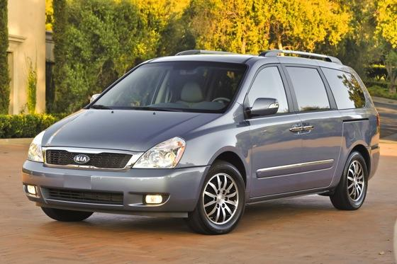 Minivan Deals: April 2012 featured image large thumb2