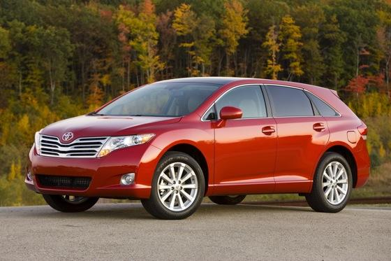 SUV Deals: April 2012 featured image large thumb4