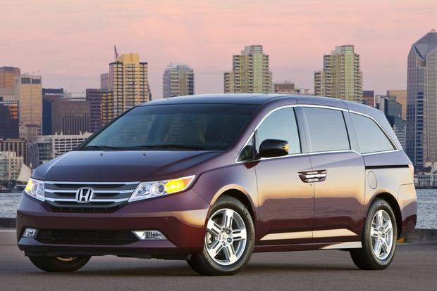 Van and Minivan Deals: April 2013 featured image large thumb4