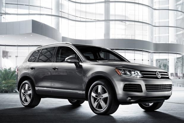 Luxury SUV Deals: May 2013 featured image large thumb2