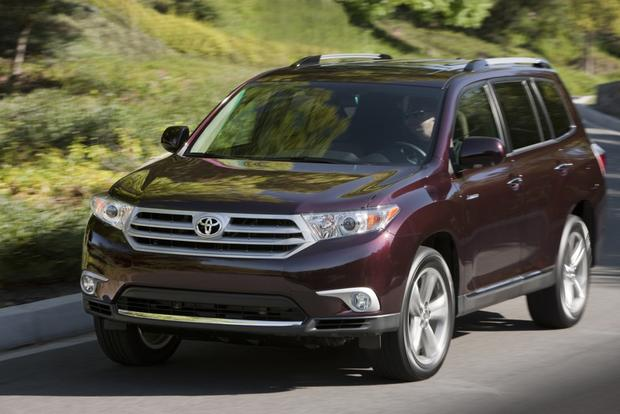 SUV Deals: May 2013 featured image large thumb2