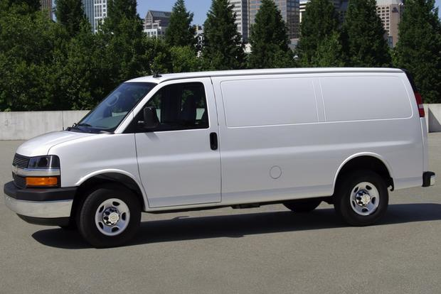 Van and Minivan Deals: June 2013 featured image large thumb4