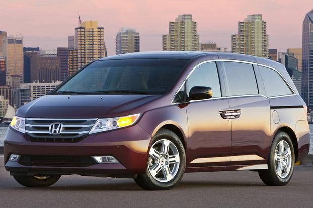 Van and Minivan Deals: June 2013 featured image large thumb1