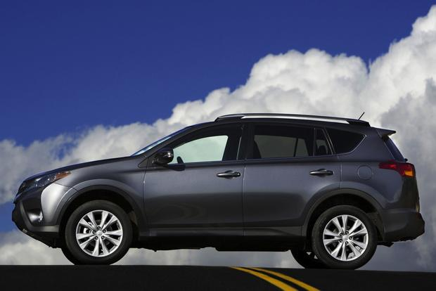 SUV Deals: August 2013 featured image large thumb3
