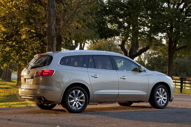 Luxury SUV Deals: October 2013 featured image large thumb0
