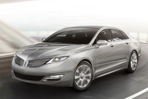 Luxury Car Deals: November 2013 featured image large thumb2