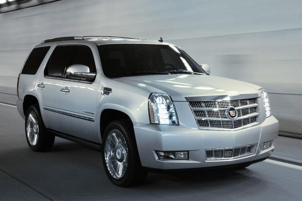 Luxury SUV Deals: December 2013 featured image large thumb4