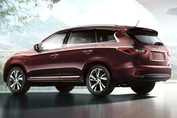Luxury SUV Deals: January 2014 featured image large thumb1